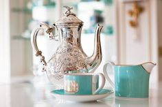 Fortnum and Mason Piccadilly afternoon tea, silver teapot Van Cleef Necklace, Hand Painted Wallpaper, Silver Teapot, Tea For One, Fortnum And Mason, Breakfast At Tiffanys, Tasting Room, High Tea, Afternoon Tea