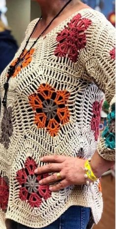 | OK.RU Crochet Flowers, Crochet Lace, Crochet Stitches, Crochet Patterns, Cool Sweaters, Sweaters For Women, Crochet Winter, Crochet Blouse, Crochet For Beginners