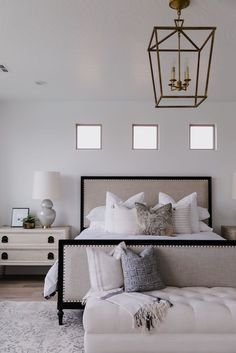 20 Neutral Bedroom Design and Decor Ideas to Add Simplicity and Charm to Your Bedroom - The Trending House Dream Bedroom, Home Decor Bedroom, Bedroom Wall, Girls Bedroom, Bedroom Ideas, Teenage Bedrooms, Serene Bedroom, Design Bedroom, Dream Rooms