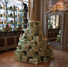 It's beginning to look a lot like #Christmas. #Happyholidays with #Ladurée #hatboxes #christmastree