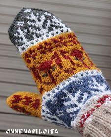 ONNENAPILOITA: Kettumetsä- lapaset Knitting Socks, Knit Socks, Animal Crafts, Handicraft, Fingerless Gloves, Arm Warmers, Helmet, Weaving, Slippers
