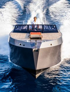 Mazu 38 Super-Yacht Tender.