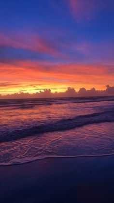 Cool Pictures Of Nature, Beautiful Photos Of Nature, Sunset Pictures, Beach Pictures, Waves Photography, Sunrise Photography, Nature Photography, Beach Sunset Wallpaper, Aesthetic Photography Grunge