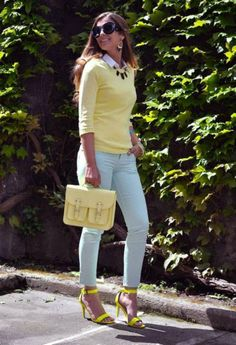 16 Jeans Trends,Pastel yellow shirt + white shirt + baby blue skinny jeans + black necklace + yellow shoes and pastel yellow purse Shoes Boots have an extended base a. Photomontage, Jeans Trend, Trendy Outfits, Fashion Outfits, Light Blue Pants, White Pants, Mellow Yellow, Pastel Yellow, Yellow Top