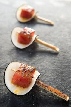Elegant appetizers Chefs - Holiday Recipe Tuna Loin With Black Radish and Passionfruit Coulis From Blue Duck Tavern's Sebastien Archambault Food Design, Tuna Loin, Think Food, Appetisers, Molecular Gastronomy, Food Presentation, Food Plating, Finger Foods, Japanese Recipes
