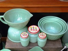 JADITE: My friend Rita at Panoply wrote this fab article about herJadeite Collection - Part 1 of 2: Kitchenware