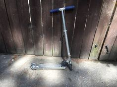 Boys Razor Scooter - The Woodlands Texas Bikes & Cycling For Sale - Scooters Classifieds on Woodlands Online
