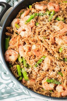 Lemon Shrimp One Pot Pasta - Quick and easy lemon shrimp one pot pasta - this meal is on the table in under 30 minutes, with only one pot to wash up afterwards!