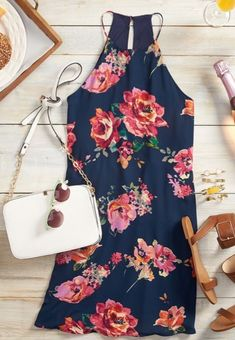 Stitch Fix modern floral dress! #modernfloraldress #stitchfixfloraldress #stitchfixspringsummer #personalstylist Want to try your own personal stylist for only $20 with Stitch Fix? Then your $20 styling fee is applied towards your purchase, plus free shipping both ways! Use referral code to get directly connected with your own Stitch Fix personal stylist: https://www.stitchfix.com/referral/4163716