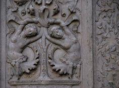 Орнамент и стиль в ДПИ - Рельеф-гротеск из Генуи, Италия