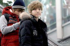 EXO-M Heading Back China (airport) | XiuMin and Luhan