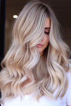 Ideas To Experiment With Balayage Hair Color Technique in 2021 ★ Blonde Hair Looks, Brown Blonde Hair, Blonde Honey, Medium Blonde, Easy Hairstyles For Long Hair, Cool Hairstyles, Wedding Hairstyles, Blonde Hairstyles, Beach Hairstyles