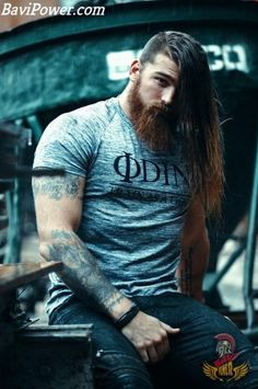 Viking Beard Tips and Styles (Part 1 of The Vikings are famous not only for their outstanding wa Beard Styles For Men, Hair And Beard Styles, Long Hair Styles, Short Styles, Viking Beard, Viking Men, Great Beards, Awesome Beards, Beard Love