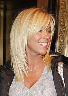 Short to Medium Platinum Blonde Hair