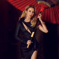 @hashtag_legend ❤️❤️❤️❤️ (CoCo Lee) Coco Lee, I Icon, Wonder Woman, Superhero, Instagram Posts, Asia, Women, Wonder Women, Woman