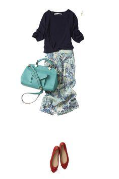 グリーンのペンシルスカートで着こなす春の爽やかコーディネート ― B