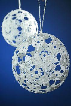 Crochet lace christmas tree decorations - inspiration