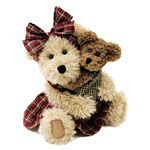 One of my Mother's Day Boyd's bears sets - Momma McNew and Hugsley