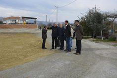 Belediye Başkanımız Ahmet Necati Özbaş, Aşağı mahalle İpek sokakta yapımına başlanan parkımızda incelemelerde bulundu.