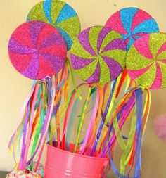 Lollipop decor for the perfect candy themed wedding