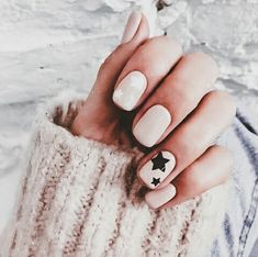 Shared by @Allyxhearts. Find images and videos about style, beauty and nails on We Heart It - the app to get lost in what you love.
