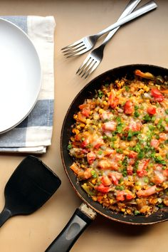 Mexican Black Bean Quinoa Skillet- cooks in 30-40 mins on stovetop. Feeds 3-4 dinner