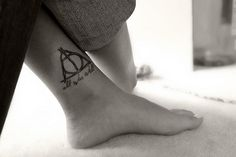 A mix of two of my passions: Harry Potter and tattoo! I'm clearly getting one of those.
