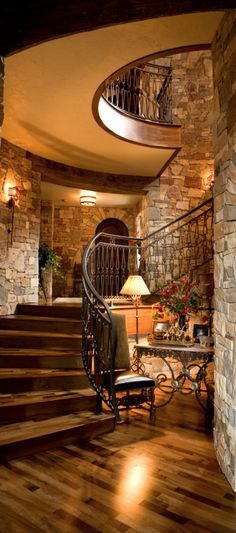 Rustic Entryway Ideas | Luxury Entryway | Modern Entryway | Entryway Decor Ideas | Boca do Lobo | www.bocadolobo.com/en