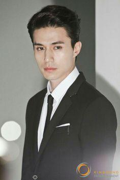 Super srrong facial features Weightlifting Fairy, Asian Actors, Korean Actors, Korean Idols, Korean Celebrities, Celebs, Lee Jong, Lovers, Grim Reaper