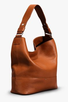 Emmaline Bags: Sewing Patterns and Purse Supplies: Handmade Couture: Make this look - A Slouchy Leather Hobo Bag. Leather Hobo Handbags, Prada Handbags, Handbags Michael Kors, Luxury Handbags, Leather Purses, Hobo Purses, Purses And Handbags, Hobo Bag Patterns, Emmaline Bags