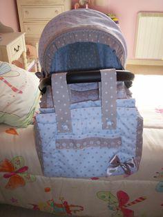 bolsito a juego......... Diaper Bag, Lunch Box, Backpacks, Ideas, Sacks, Game, Bebe, Diaper Bags, Mothers Bag