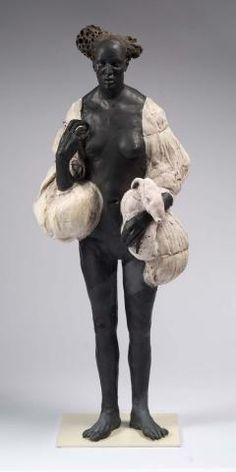 Black and white - woman -Vigilante- Cristina Cordova - figurative - sculpture