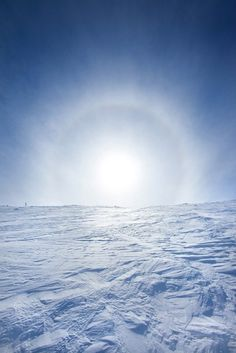 Ice Halo Ylläs photo by Henrik Kettunen Winter Magic, Dark Winter, Snow And Ice, Fire And Ice, Beautiful Places, Beautiful Pictures, Snow Scenes, Winter Colors, Heaven On Earth