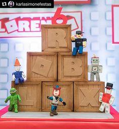 Roblox Birthday Cake, Lego Birthday Party, 9th Birthday, Birthday Parties, Roblox Gifts, Kids Party Decorations, Party Ideas, Birthday Centerpieces, Birthdays