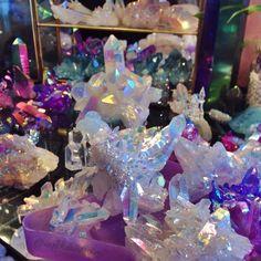 The Aries Witch ♈ Crystal aura quartz points clusters - rainbow - angel - aqua - titanium - purple - pink