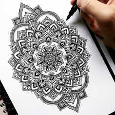 Jan this pin was discovered by erin henning. Mandala Doodle, Henna Mandala, Mandala Art, Zen Doodle, Doodle Art, Indian Mandala, Mandalas Drawing, Mandala Coloring Pages, Tattoo Drawings