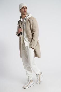 Sport Street Style, Corduroy Sport Coat, Madrid, Gentleman Style, Modern Gentleman, Burberry Men, Men Style Tips, Blazers For Men, Menswear