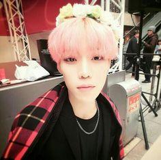 He looks like PERFECTION   #history #yijeong #kpop #cute