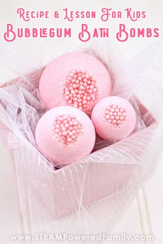 Kids Love Making These Bubble Gum Bath Bombs Includes a fascinating science lesson on the fizz Making Bath Bombs, Bomb Making, Bath Bomb Sets, Bath Bomb Molds, Homemade Bubbles, Homemade Bath Bombs, Valentines Diy, Valentine Day Gifts, How To Make Bubbles