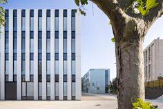 http://www.world-architects.com/en/dietmar-feichtinger-architectes/projects-3/universite_de_provence_a_aix_en_provence-44549