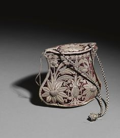 vvv A VELVET MONEY PURSE EMBROIDERED WITH SILVER THREAD, TURKEY, 18TH CENTURY
