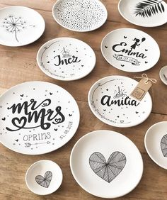 Now making ✍🏻 free work! New ideas often arise. - hind - Yeni Dizi - Now making ✍🏻 free work! New ideas oft Hand Painted Pottery, Pottery Painting, Hand Painted Ceramics, Ceramic Painting, Ceramic Art, Pottery Store, Pottery Mugs, Pottery Art, Pottery Tools