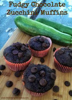 chocolatezucchinimuffins