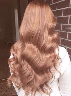 Details you don& know about caramel hair color and tones - . Hair Inspo, Hair Inspiration, Blond Rose, Blonde Rose Gold Hair, Copper Rose Gold Hair, Copper Blonde, Carmel Hair Color, Carmel Blonde, New Hair Colors