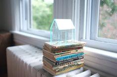 Miniature house in green edge acrylic - glass house look - miniature architecture - geometric design - minimalistic decor