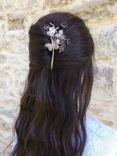 Epingle à cheveux papillon et roses - Elemiah Delecto