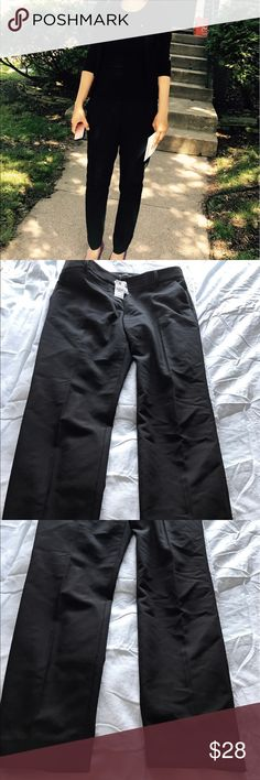 Express Columnist Black Pants.  Like New Worn once for an hour. Was in a hurry so tag still attached. 6R. Black. Express Pants