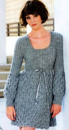 An easy to knit yet very attractive dress (pattern and scheme included).