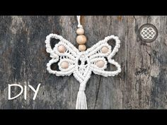 DIY Macrame Butterfly Keychain / Pendant Tutorial by Macrame School. Using this pattern, you can also make wall decor such as a macrame wall hanging, just us. Macrame Wall Hanging Patterns, Macrame Plant Hangers, Macrame Patterns, Macrame Owl, Macrame Knots, Macrame Jewelry Tutorial, Bracelet Tutorial, Micro Macramé, Macrame Design