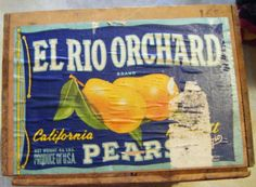 Vintage El Rio Orchard California Bartlett Pears Wood by parkledge, $55.00